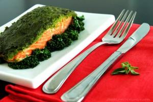 Kale-Oregano-Pesto-Salmon-by-@JesseLWellness-salmon