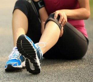 600_runner-with-knee-pain (1)